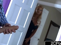 Busty MILF Phoenix Marie &amp_ Her Teen Stepdaughter Kylie Nicole Do Family Business