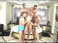 Shemale welcomes dick in ass