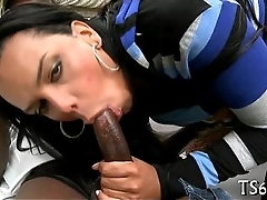 Shemale loves sucking weenies time again