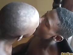 African barebacker giving head