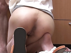 Tolerable Asian bitch slobbers over his balls before fucked