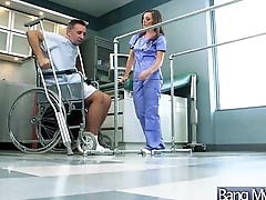 Superb Horny Patient (jamie jackson) Get Sex Treat From Pollute video-15