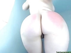 HOT Blonde jailing her phat ASS for her audience on CAM
