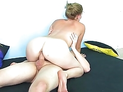 Tiny girl pounded huge dick