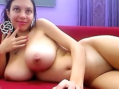 Big tits MILF wants you - camdystop.com