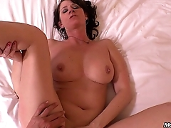 Perfect Natural Tits MILF Eager to Fuck