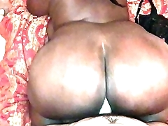 HUGE EBONY BOOTY FLOPPING ON MY WHITE COCK
