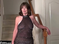 USAWives mature nipper Jade solo masturbation